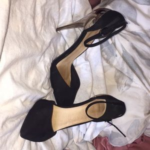 Black pointy toe gold heels